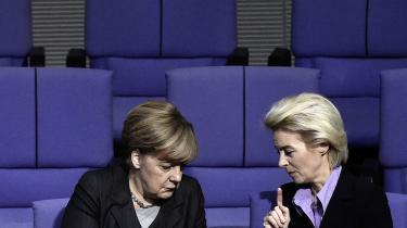 Både Angela Merkel og Ursula von der Leyen er meget bevidste om, at hvis Europa ikke reagerer meget skarpt meget snart, så vil kineserne tage på sommerudsalg i Europa og købe op af europæiske virksomheder, mener Lykke Friis.