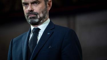 Den populære franske premierminister, Édouard Philippe, blev fredag fyret af præsident Macron, dernte i stedet udnævnte den ukendte teknokrat Jean Castex.