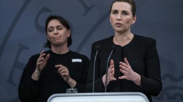Det kontroversielle forløb begyndte den 11. marts, få minutter inden statsminister Mette Frederiksen på direkte tv annoncerede den historiske nedlukning af Danmark.