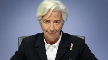 Christine Lagarde lover i Financial Times, at centralbanken »skal se på alle forretningsområder og de operationer, som vi er engageret i for at bekæmpe klimaforandringerne – for når alt kommer til alt, er det pengene, som taler«.