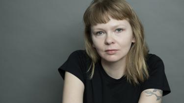 Stine Pilgaards 'Min mor siger' inspirerede Laura Ringo, der i 2017 debuterede med 'Cremasterrefleksen' og siden har udgivet 'Papirbryllup' og 'Fødedygtig'.