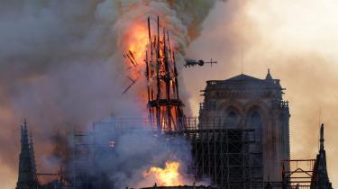 Notre-Dame i Paris brændte i april 2019.