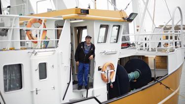 Fiskeren Jan Woller følger med i forhandlingerne om Brexit, og han er bekymret. Efter 40 år i fiskeri har han oplevet mange op- og nedture, »så jeg har lært, at uvished er en del af livet, og man må have et stærkt system at stå imod med«, siger han.