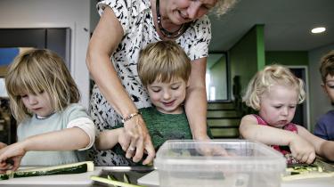 Børn af lavtuddannede forældre klarer sig markant bedre sprogligt, når de kommer i skole, hvis der har været en særlig indsats i børnehaven, viser nyt studie.