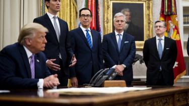 Donald Trump annoncerer fredsaftalen mellem Israel og Emiraterne i Det hvide hus torsdag. Der er nu uenighed om, hvad den reelt betyder.