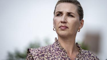 Når Mette Frederiksen (S) fremhæver 'indvandrerdrenge' som kriminelle, puster hun til de fordomme, vi ved findes om mennesker med anden etnisk baggrund. Så er hun ikke en samler, men en splitter, skriver Natalie Barrington Rosendahl i denne leder.