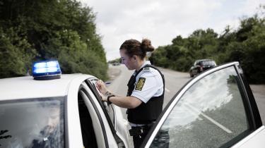 Hvad betyder 'nærhed', spørger politiforsker Adam Diderichsen. Fysisk tilstedeværelse, tillidsforhold mellem borger og politi eller personligt kendskab?