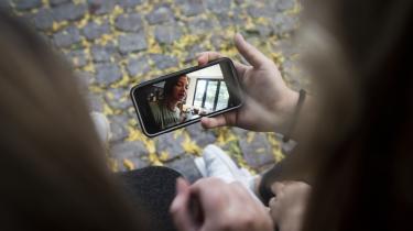 Sociale medier har som udgangspunkt ét mål med deres algoritmer: at fastholde folks opmærksomhed så længe som muligt.
