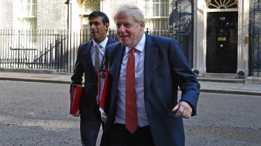 Premierminister Boris Johnson og den populære unge finansminister Rishi Sunak.