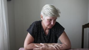 Connie Skjold Henriksen har fået afslag på at se politiets sag om sin mand, der blev dræbt af en brevbombe for 28 år siden.