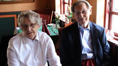 Torben Dahlgaard var sådan en skolelærer og -inspektør, der ved sin død havde bunker af breve liggende fra tidligere elever. Han inspirerede alle omkring sig med sit matematiske hoved og kærlige tilgang til både børn og voksne