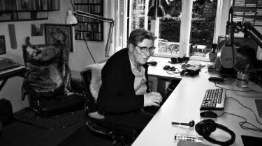 En radiokollega har spurgt Torben Brandt, om det nu er en god idé at give alle sine tricks væk i en ny bog. »Men det er lige netop det, jeg gerne vil,« siger han.