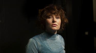 Annika Aakjær gider ikke mere pis, når der handler om sexchikane i musikbranchen. Men hun gider til gengældt godt at komme med en lille advarsel om det, der er i vente: »Kom nu, be the change! For der er en komet på vej, og er du dino, så dør du!«
