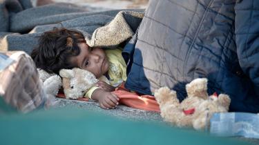 'Efter fredningen af omskæringen slog statsministeren fast, at Danmark lukker af for strandede, nødstedte, forældreløse børn i nedbrændte lejre og børn, hvis forældre gik i terrorens tjeneste. Konsekvensen i moralen er klar som mudder,' skriver Georg Metz i denne kommentar.