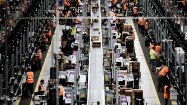 Vi har masser af eksempler på, at når Amazon kommer ind på et marked, at så opstår der et monopol. Det kan godt være, at kunderne så får lavere priser, men samtidig får producenterne deres priser trykket fuldstændig i bund,« siger SF's Lisbeth Bech-Nielsen.