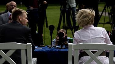 Den 7. august 2012 annoncerer daværende formand Pia Kjærsgaard på Dansk Folkepartis sommergruppemøde i Silkeborg, at hun går af, og at Kristian Thulesen Dahl overtager formandsposten. Flere bemærker, at Morten Messerschmidt bliver bleg i hovedet, da Kjærsgaard meddeler beslutningen. Han var formentlig uvidende om, hvad der skulle til at ske, og hvisker ifølge kilder til en kollega: »Han bliver en overgangsfigur.«