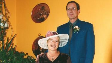 Ernst Fjølner og Karin Toft Sørensen på deres bryllupsdag i 2003.