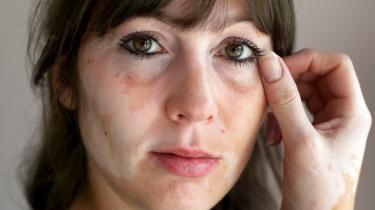 32-årige Jennifer Tillemand har arbejdet som tjener i Københavns Lufthavn i ti år.