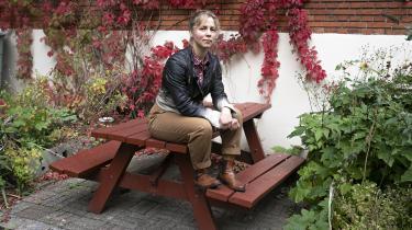 Man kan ikke bare sige »hey, jeg synes ikke, det er okay, at du klapper mig i røven« til sin chef, siger 31-årige Miriam Hagström, der er en blandt få kvindelige bygningssnedkere.