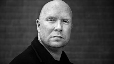 Jonas T. Bengtsson (f. 1976) har skrevet en bog om tre mænd, der alle er vokset op i den samme betonblok i Københavns nordvestkvarter. De tre var engang bedste venner, men mens Danny kun er blevet mere kriminel, har Christian og Malik skiftet spor.