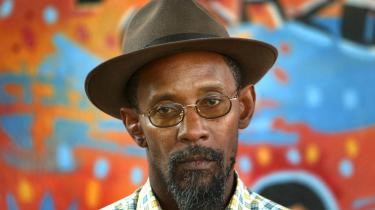 Den jamaicansk-engelske dub-digter og sidste års vinder af PEN-prisen Linton Kwesi Johnson (billedet) er gået i brechen for sin eritreanske digterkollega Amanuel Asrat.