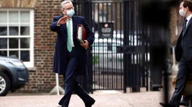 Flere gange skiftede Michael Gove holdning, da han mandag var på talerstolen ved Brexit-forhandlingerne.