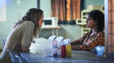 Stateless er en af de mange nye tv-serie, der sætter fokus på migrationen.