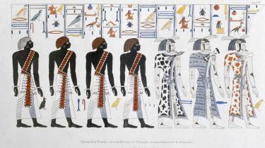 I 'SKRIFT – fra billeder til bits' ser Marie Møller Kristensen på skriftens kulturhistorie. De ældste skriftsystemer blev til for cirka 5.000-6.000 år siden i Ægypten og Mesopotamien – her er det hieroglyffer fra Kongernes grav ved Theben (nutidens Luxor).