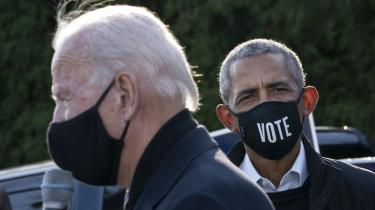 Barack Obama holdt vælgermøde med Joe Biden i Detroit i Michigan i weekenden. Trump håber, at han kan tiltrække stemmer fra afroamerikanske mænd, som føler, at hverken Obama, Biden eller demokraterne har gjort noget konkret for dem som belønning for deres mangeårige loyalitet over for partiet.