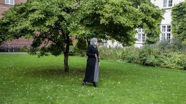 Negativ kontrol i muslimske miljøer er med til at fastholde de eksisterende magtmonopoler og hæmmer udviklingen for selvstændig tænkning, skriver Tessie Jørgensen i kronikserien Islamskolen.