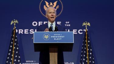 Joe Biden vil kunne regere per dekret, men et samarbejde med republikanerne i Senatet vil være mere langtidsholdbart. Måske kan parterne enes om økonomisk hjælpepakke, for det vil være en upopulær position at stille sig i vejen for en økonomisk håndsrækning til nødlidende amerikanere. Ikke mindst i lyset af, at 22 republikanske senatorer er på genvalg i 2022 – og blot 12 demokratiske.