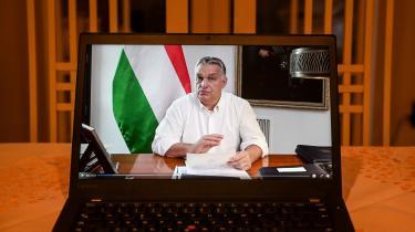 Ungarns Premierminister Viktor Orbán under et videopressemøde d. 9 november.