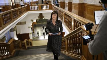 Sophie Løhde (V) giver ikke meget for de tidligere departementchefers vurdering af, at man ikke kan forvente, at ministre læser alle bilag eller skulle kunne huske dem flere uger senere. Tværtimod siger hun, at det er »fuldstændigt sindssygt« at have en diskussion om, hvorvidt ministrene har læst deres papirer.
