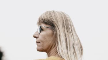 Ti procent af danske kvinder lider af endometriose. En meget smertefuld sygdom, hvorfor mange kvinder med sygdommen tager p-piller, da de formindsker symptomer og bremser sygdommen i at udvikle sig.Anne Hovmøller er formand for Endometriose Foreningen og lider selv af sygdommen.