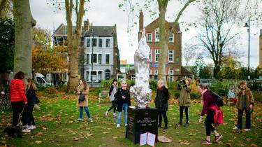 Maggi Hamblings statue af Mary Wollstonecraft vakte voldsom debat, da den blev præsenteret tidligere på måneden i London, fordi hun bliver afbilledet som nøgen kvindefigur.