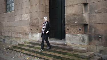 Tegneserietegner Karoline Stjernfelt viser rundt i sine karakterers København.