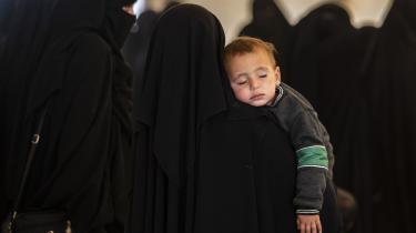 I al-Roj- og al-Hol-lejrene er der rapporteret om horrible forhold, hvor flere børn er ramt af underernæring og livstruende sygdomme.