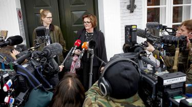 Den 28-årige Phillip Johansen blev fundet død i en skov. To brødre er i dag blevet kendt skyldige i drab ved retten på Bornholm. Brødrene får 14 års fængsel hver. Dommen er anket til landsretten. Chefanklager Benthe Lund Pedersen er tilfreds med dommen.