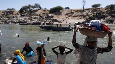 Over 43.000 etiopiere er flygtet til Sudan, og tusindvis af civile har mistet livet siden den 4. november.