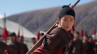 Disneys nye version af 'Mulan' (instrueret af Niki Caro) er mere en girl power-film end en film om at finde sin plads i kønsrollerne.