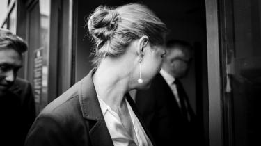 Ifølge delberetningen, som blev offentliggjort mandag, var det »klart ulovligt« at adskille alle asylpar uden undtagelser – og den tidligere integrationsminister Inger Støjberg var advaret om dette.