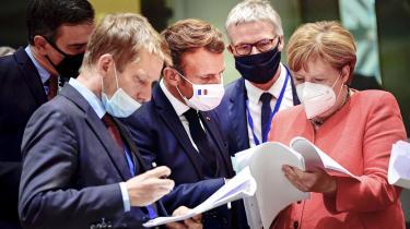 Pandemien har sat den politiske polarisering i europæisk politik. Magtpartierne på midten er styrket, og højrepopulisterne er gået lidt tilbage. »2020 har været et underligt stabilt år, det er jeg ikke sikker på, 2021 bliver,« siger Paweł Zerka fra European Council on Foreign Relations.