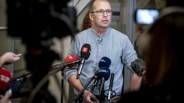 »Jeg går ikke selv i kirke, og jeg har lidt svært ved at forstå behovet for, at man skal ind til julegudstjeneste,« siger Enhedslistens sundhedsordfører, Peter Hvelplund.