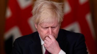 Den nye virusvariant med navnet N501Y kan ifølge britiske eksperter være 70 procent mere smitsom end andre varianter. Det har fået Storbritanniens premierminister Boris Johnson til at udstede en »bliv hjemme«-ordre, der gælder i hele London samt store dele af Syd- og Østengland frem til den 28. februar.