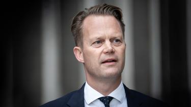 Et flertal blandt partier i Folketinget vil have udenrigsminister Jeppe Kofod (S) og Danmark til at bruge sin plads i FN's Menneskerettighedsråd til protestere mod det stigende antal menneskerettighedskrænkelser i Egypten.