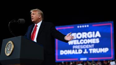 Juraprofessor ved University of Richmond Carl Tobias vurderer, at Trump »vil være i fare for retlige konsekvenser«, i det øjeblik Joe Biden har aflagt sin embedsed og har overtaget præsidentposten.