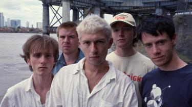 Shame er i øjenhøjde med den menneskelige dårskab og hybris, som bandet uddriver i en euforisk koncentreret kraftanstrengelse kaldet 'Drunk Tank Pink'.