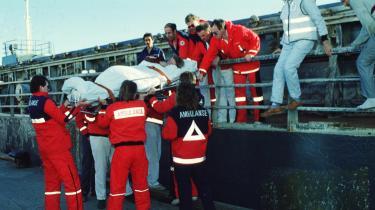 159 personer omkom i branden på Scandinavian Star. Tidligere justitsministre har forsikret Folketinget om, at skibets ejer- og forsikringsforhold var en del af efterforskningen, men det erkender Nick Hækkerup (S) nu, at de ikke var.