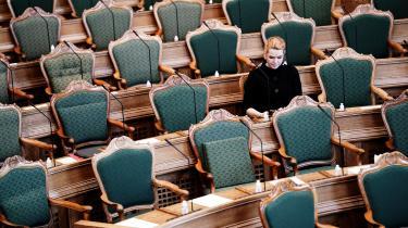 »Jeg står ved, at der er begået fejl, og dem har jeg flere gange beklaget,« sagde Inger Støjberg, da hun som den sidste gik på talerstolen under andenbehandlingen af B 134 om en rigsret. Men hun sagde også: »Jeg gjorde, hvad jeg fastholder var det eneste rigtige politisk og menneskelige at gøre«.