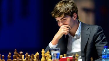 På hjemmebanen i Holland tog den 21-årige Jorden van Foreest fusen på Magnus Carlsen og de andre verdensstjerner, da han vandt årets første store skakturnering i kystbyen Wijk Ann Zee.